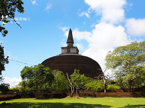 波隆纳鲁沃古城皇家宫殿旅游景点图片