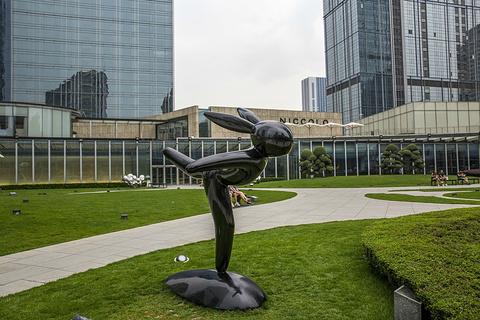 成都IFS雕塑庭院雕塑庭院