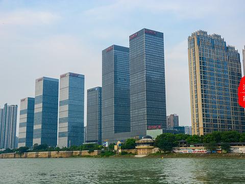 橘子洲湘江游船旅游景点图片