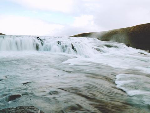 黄金瀑布旅游景点图片