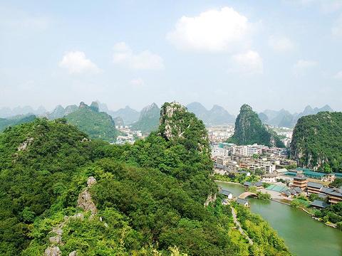 叠彩山旅游景点图片