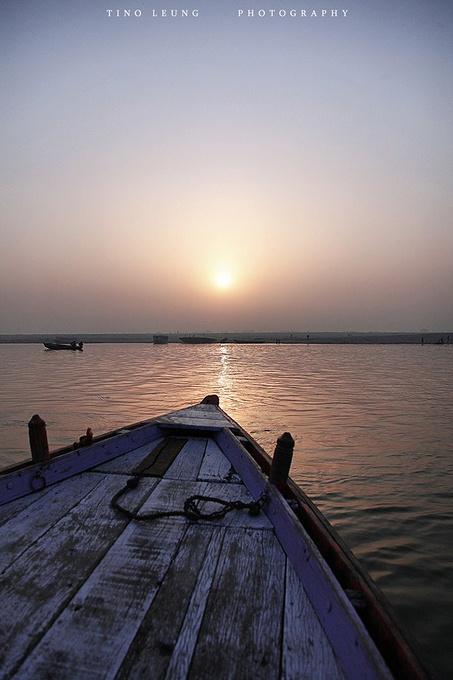 恒河日出图片