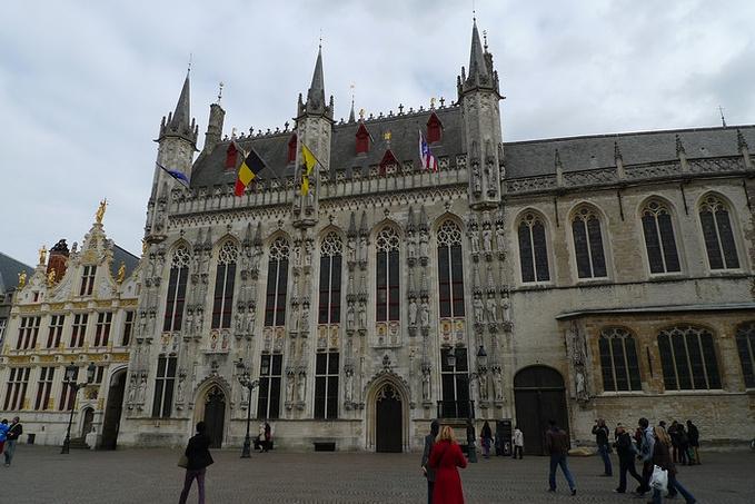 城堡广场图片