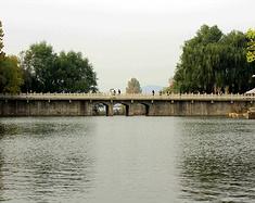 最美泉城周边游记——红叶谷