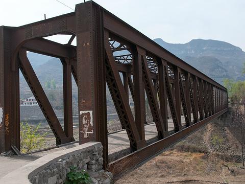 乏驴岭铁桥旅游景点图片
