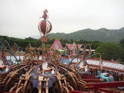香港迪士尼乐园旅游景点攻略图