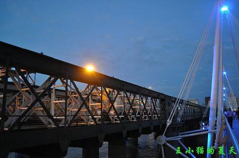 滑铁卢桥旅游景点攻略图