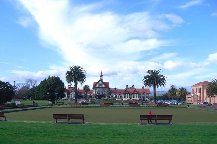 """""""政府花园所占据的这块地,原为毛利人所有。..._罗托鲁瓦美术艺术博物馆""""的评论图片"""