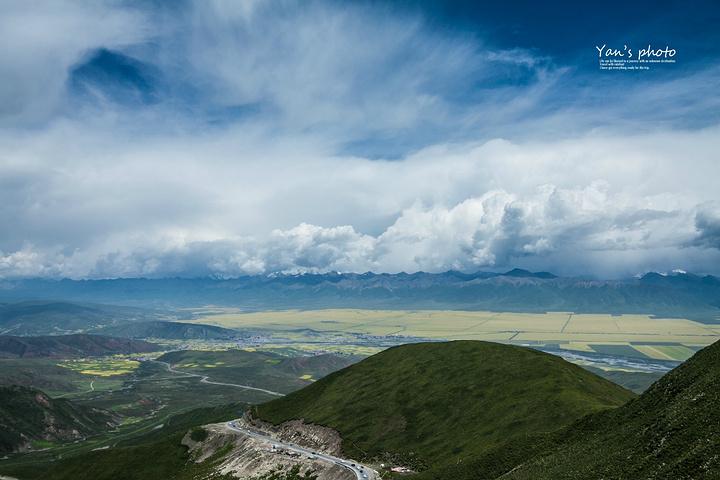 更值得一提的是这大西北的山竟然是如此的秀美