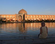 黑纱下的伊朗、神秘而单纯