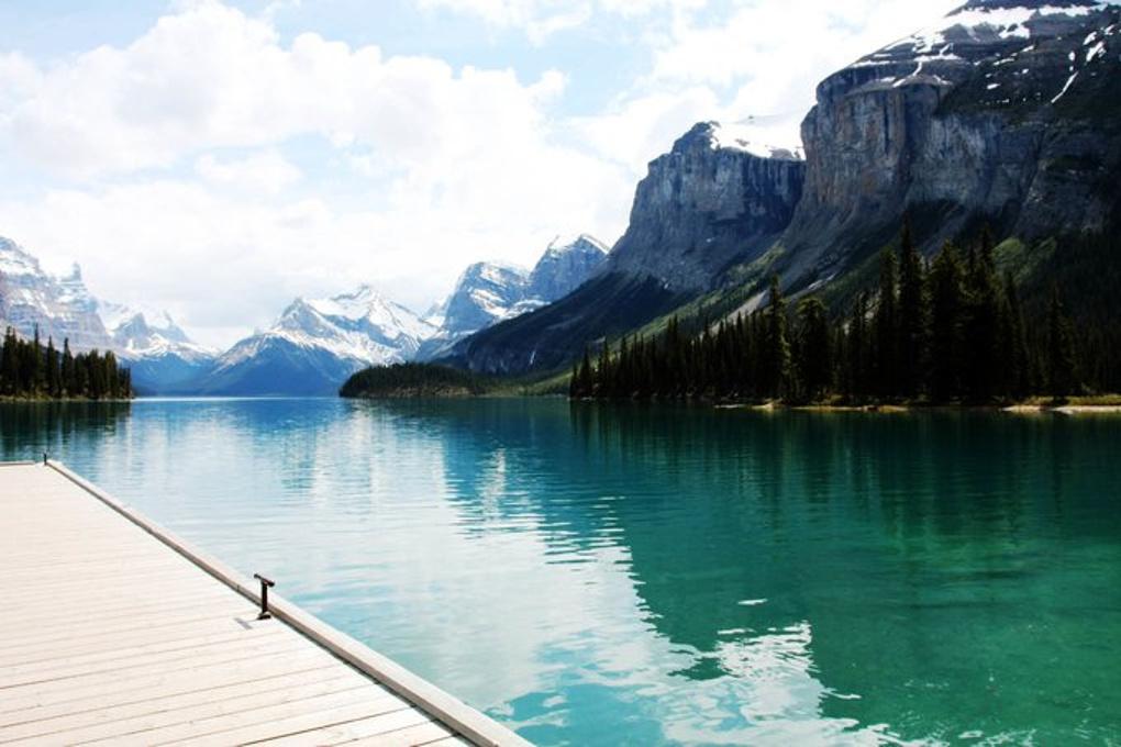 尽享极致美景——加拿大两大国家公园