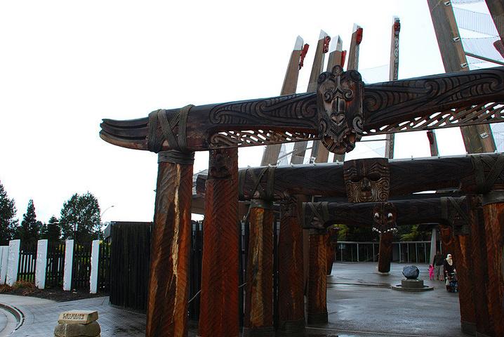 """""""""""罗托鲁阿""""是毛利语,意为""""双湖""""。罗托..._奥希内穆图毛利文化村""""的评论图片"""