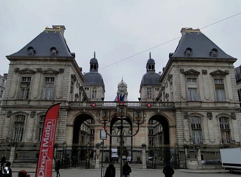 里昂市政府