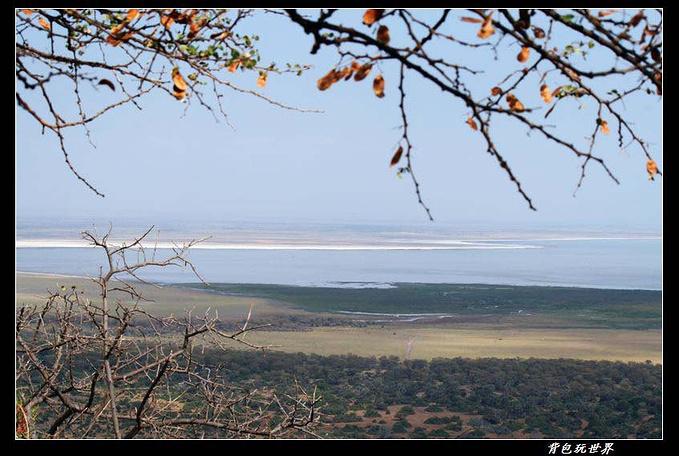 曼雅拉湖图片