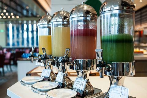 香格里拉大酒店 · 红咖啡厅旅游景点攻略图