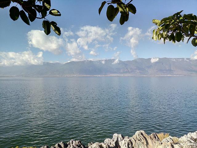 """""""南诏风情岛是游览洱海的一处非常不错的外景地,因被洱海包围,所以无论哪个方向拍照都会有很不错的效果_南诏风情岛""""的评论图片"""