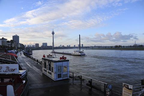 Rheinufer旅游景点攻略图