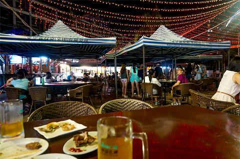 甲森扎啤美食广场