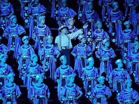 天门狐仙峡谷大剧场旅游景点图片
