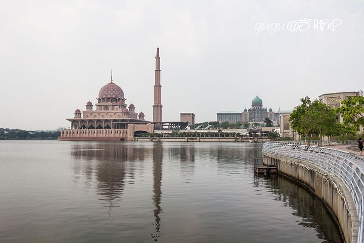 亚洲 马来西亚 联邦行政中心 布城市 - 西部落叶 - 《西部落叶》· 余文博客