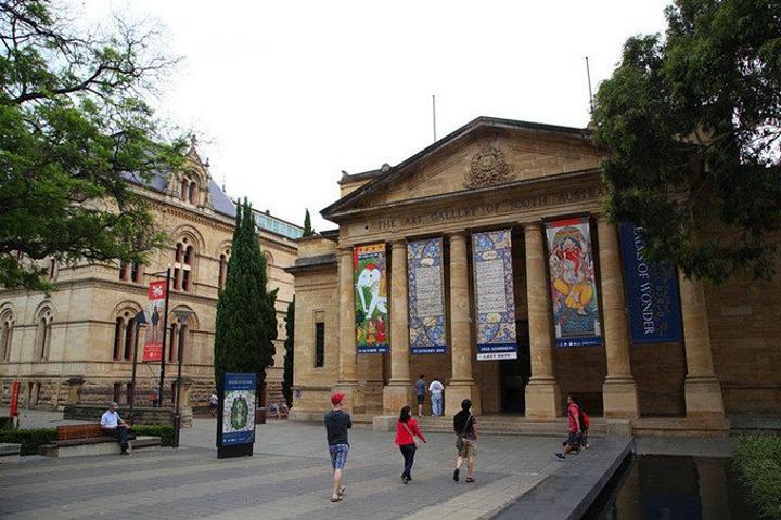 """""""南澳艺术馆内部也有餐厅,不过价钱非常不亲民,也需要提前预订_Art Gallery of South Australia""""的评论图片"""
