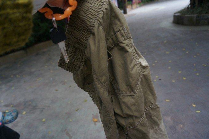 木总尿裤子图片