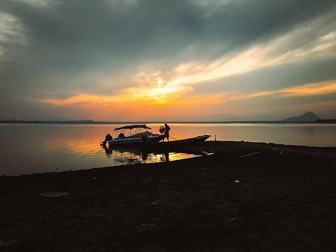 中山湖旅游景点图片