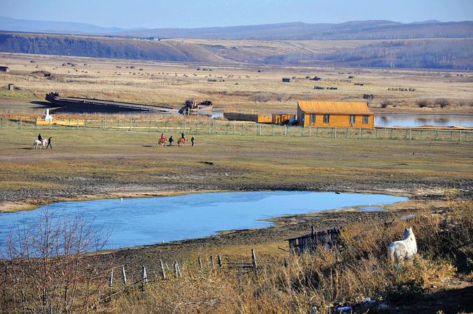 额尔古纳界河图片