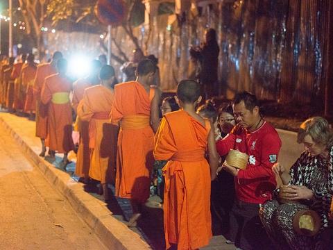 琅勃拉邦长途汽车站旅游景点图片