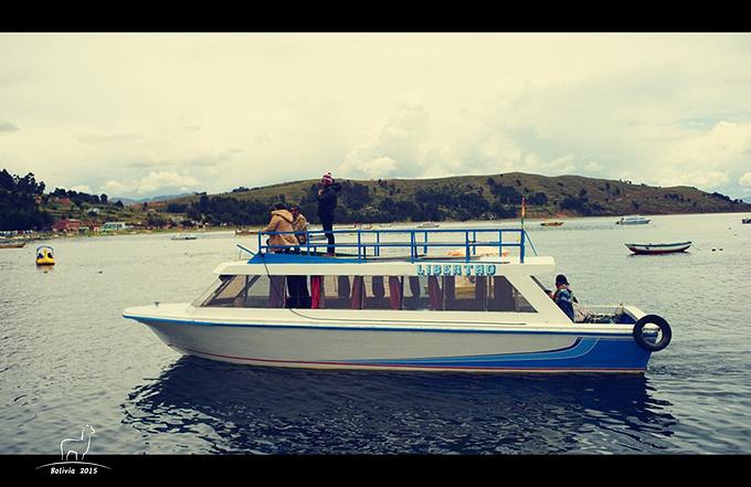 泛舟的的喀喀图片