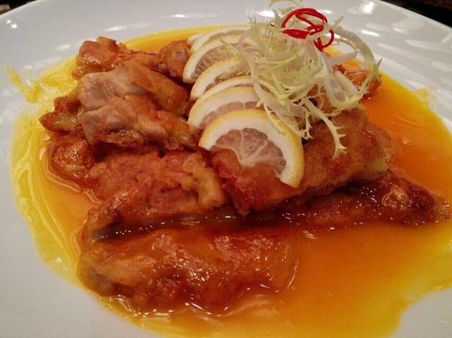 """""""...也是地道的广东人,粤式点心是一直保持的人气产品,当然每个季节的时令粤菜和经典菜式也深得顾客喜欢_璞瑜酒店餐厅""""的评论图片"""
