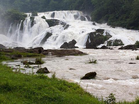 螺丝滩瀑布旅游景点图片