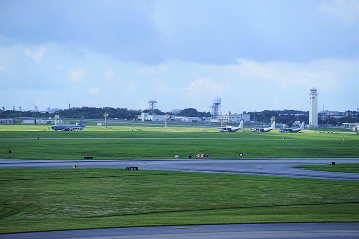 """""""冲绳的交通不是很发达_嘉手纳空军基地""""的评论图片"""