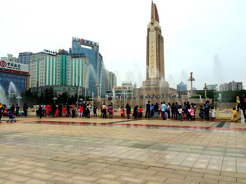 八一广场旅游景点图片