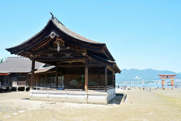"""""""严岛神社是一座建在海上的神社,有1400..._严岛神社""""的评论图片"""