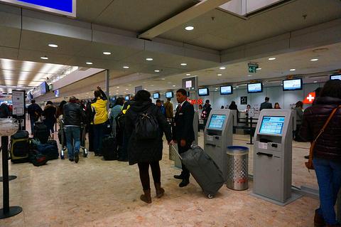 日内瓦机场旅游景点攻略图