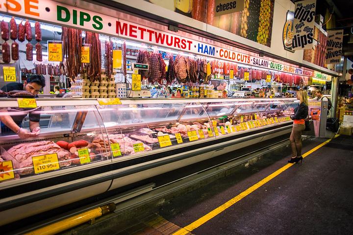"""""""中央市场很大,贩卖的东西可谓五花八门,似乎你能在这儿发现生活中需要的一切。_中央市场""""的评论图片"""