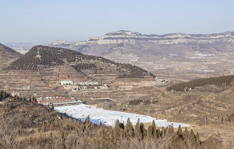 卧虎山滑雪场的图片