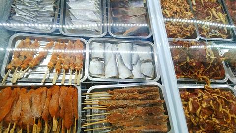 上品轩自助烤肉火锅大骨头旅游景点攻略图