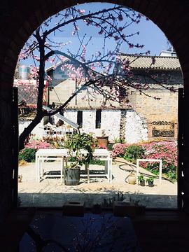 百岁坊锅里花园餐厅旅游景点攻略图