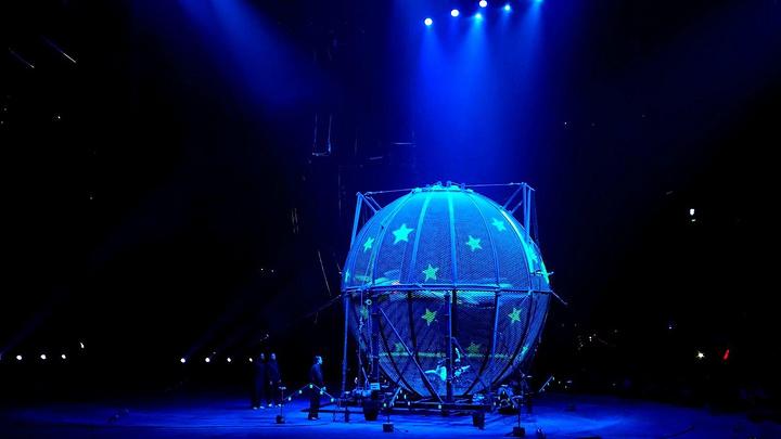 """""""*vip票:剧场中心座位,表演最佳观赏区。吃瓜群众表示,这节目真精彩。声、光、舞美使节目更加吸引人_长隆国际马戏大剧院""""的评论图片"""