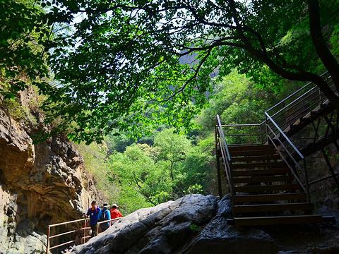 京西十八潭旅游景点图片