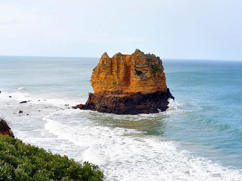 鹰岩旅游景点图片