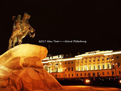 青铜骑士旅游景点图片