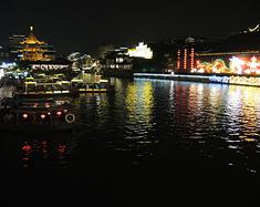 春风又绿江南岸1——南京春梦好