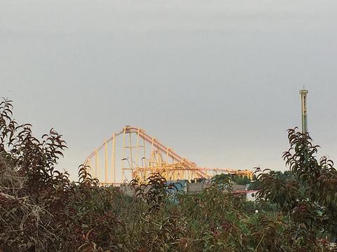 五龙山响水河主题乐园旅游景点图片