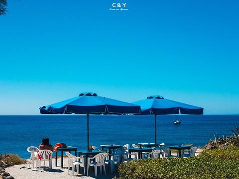 红沙滩旅游景点图片