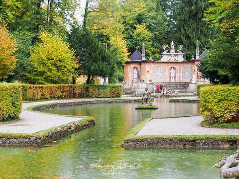海尔布伦宫旅游景点图片