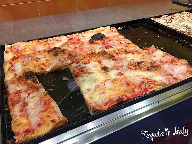 """""""先去医肚,决定到网上非常多人推荐的爱丽丝pizza尝尝。(推荐指数:★★★★★)_Alice Pizza 餐厅""""的评论图片"""