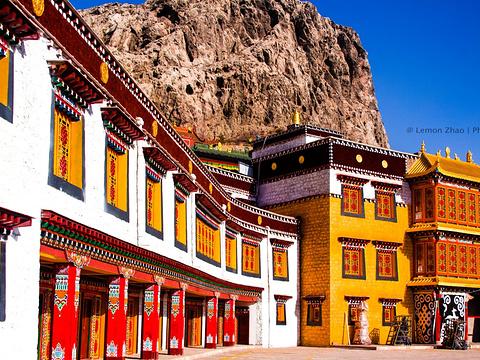满巴拉僧庙旅游景点图片